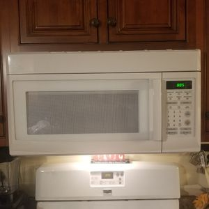 Microwave for Sale in Attleboro, MA