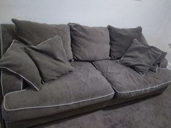 Kronheims deep seated couch. for Sale in Cleveland,  OH