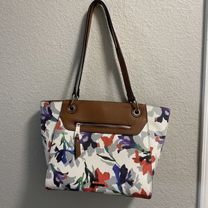 Floral Purse With Divider for Sale in Henderson, NV