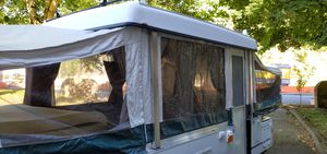 2002 Coleman, Cheyenne pop up camper. for Sale in Edmonds, WA