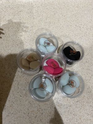 Lurella mini beauty blenders for Sale in Las Vegas, NV