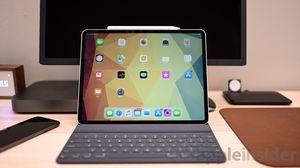 Apple iPad Pro 12.9 inch new model like new 64gb for Sale in Miami, FL