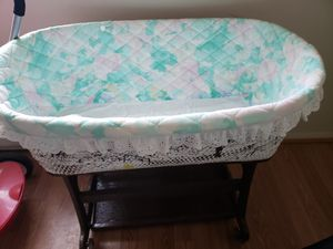 Baby Crib for Sale in Martinsburg, WV