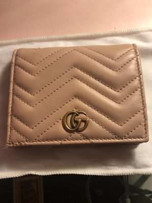 GUCCI wallet for Sale in Cherry Hills Village, CO