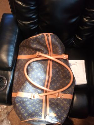 LV duffle bag for Sale in Columbus, OH