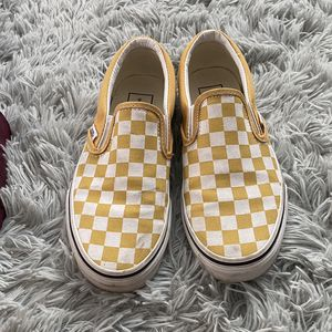 Gold and white checkered vans for Sale in Turlock, CA