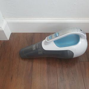 Black And Decker Vacuum for Sale in Miami, FL