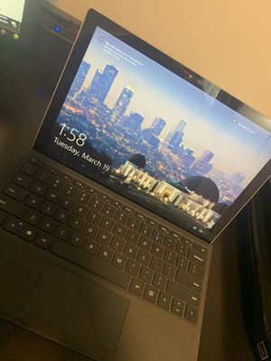 Surface pro 4 256 ssd, 8 gb ram, intel I5 for Sale in Falls Church, VA