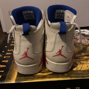Shoes Jordan zise 11 good for Sale in Reedley, CA