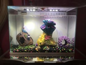 Fish tank for Sale in San Jacinto, CA