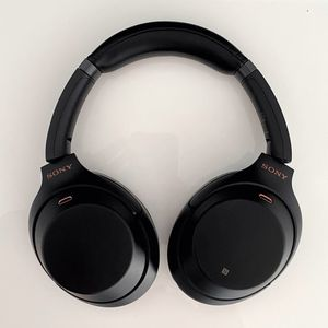 Sony WH-1000MX3 - Noise Cancelling Headphones for Sale in Chicago, IL