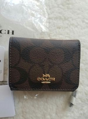 Authentic Coach wallet (new with tags) for Sale in Lincoln Acres, CA