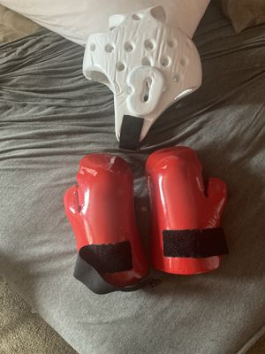 Boxing Helmet and Gloves for Sale in Washington, DC