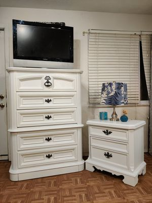 "White set of big chest dresser & night stand in good condition, dovetail drawers, driveway pickup. L38""*W19""*H52.5"" for Sale in West Springfield, VA"