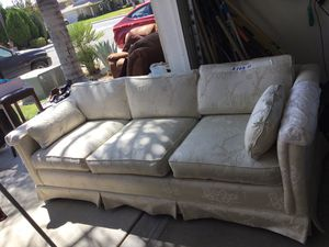 Sofa for Sale in San Jacinto, CA