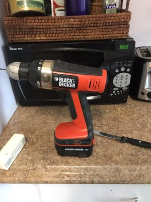 Black and decker 12 V drill for Sale in Swampscott, MA