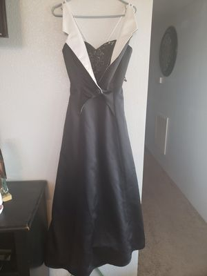 Vintage size 8 prom dress for Sale in Las Vegas, NV