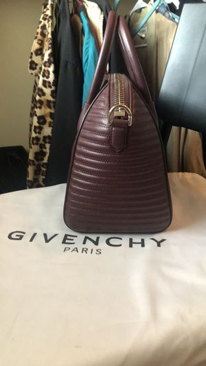 Givenchy for Sale in Mansfield, TX