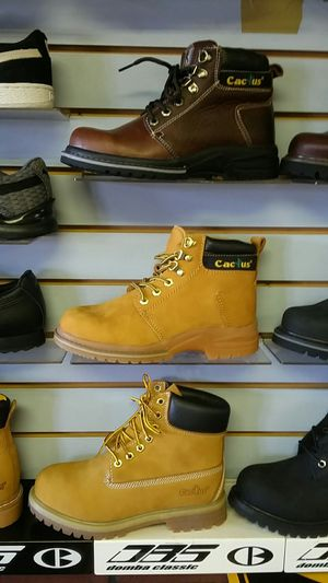 Work boot for Sale in Manassas Park, VA
