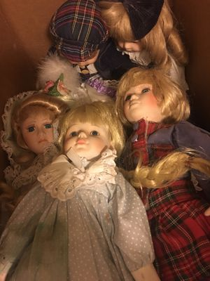 Mid century porcelain dolls. Collection. Antiques, very old in mint condition. for Sale in Queens, NY