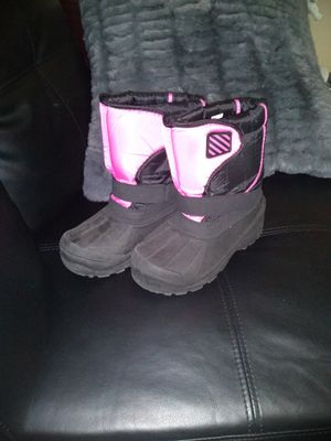 Girls snow boots size 3 for Sale in Yakima, WA