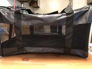 Pet carrier for Sale in San Diego, CA