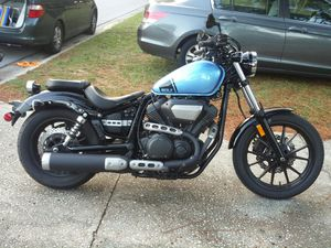 2015 Yamaha Bolt, like new condition, for Sale in St. Petersburg, FL