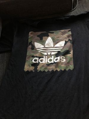 Black camo adidas shirt for Sale in San Diego, CA