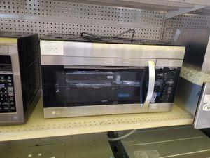 LG OTR Microwave for Sale in Norwalk, CA