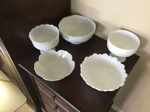 5 vintage Milk Glass serving bowls, mixed lot for Sale in Gilbert, AZ
