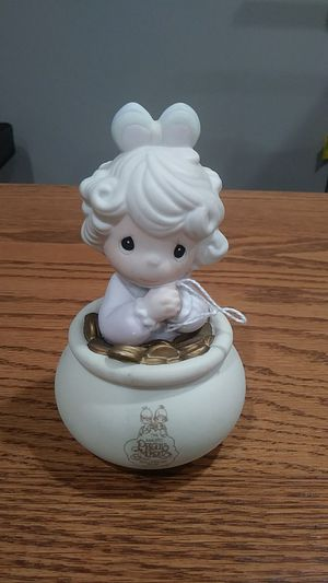 Precious moments figurine for Sale in Twinsburg, OH