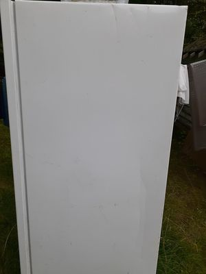 Free Freezer, not working for Sale in Randolph, MA
