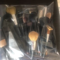 Make Up Brushes for Sale in Kansas City,  MO