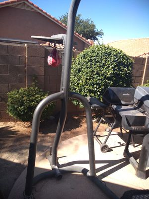 Heavy bag and speed bag stand 60$ for Sale in Mesa, AZ