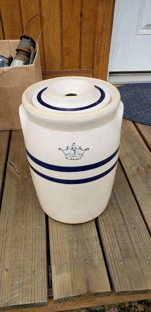 Antique 3 gallon Butter churn for Sale in Farmville, VA
