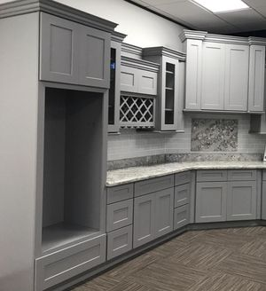 Kitchen cabinets for Sale in Dayton, TX