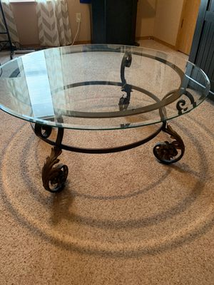 Coffee table for Sale in MO, US
