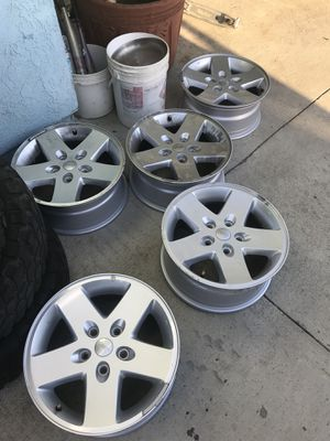 14 Jeep Wrangler wheels for Sale in Riverside, CA