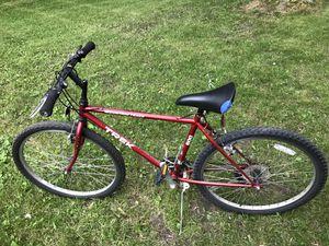 Trek mountain bike. 28 in for Sale in Armada, MI