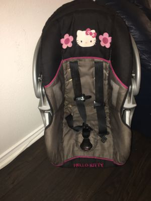 Hello kitty car seat for Sale in San Antonio, TX