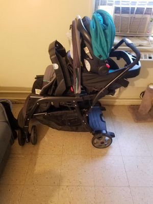 Double stroller graco for Sale in Brooklyn, NY
