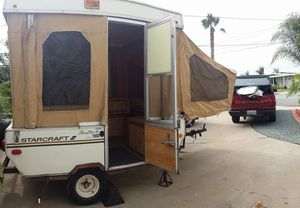 Camper 1985 Starcraft Starlite 14 pop up tent trailer for Sale in Imperial Beach, CA
