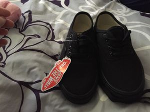 NWT unisex vans size 4.5y for Sale in Williamsport, MD