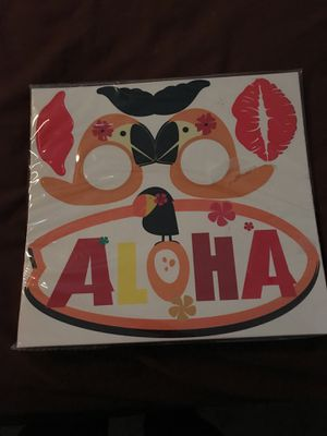 Photo booth props Hawaiian themed for Sale in San Antonio, TX
