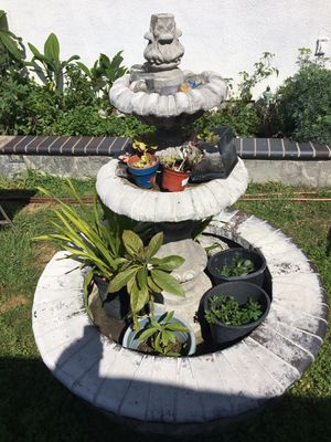 Fountain for sale, big and heavy for Sale in Garden Grove, CA