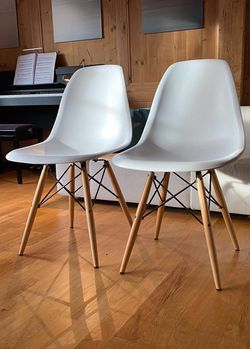 """NEW $50 for SET OF 2 Mid Century Modern Eames Style dining leisure DSW 18 wide x 31 inches tall seat height 17"""" chair 5 colors beige white black grey for Sale in West Covina,  CA"""
