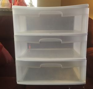 3 drawer plastic shelves for Sale in Fort Worth, TX