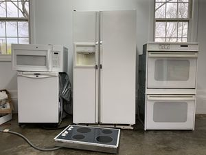 Kitchen Set (Counter-top Stove, Double Wall Oven, Fridge, Dishwasher, Microwave) for Sale in Nashville, TN