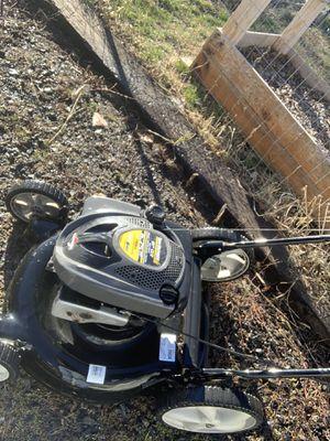 Lawnmower for Sale in Klamath Falls, OR