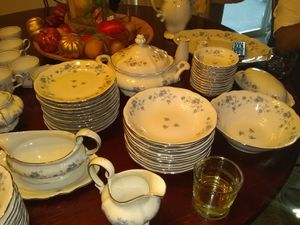 10 Placed German Dinner Set for Sale in Forest Heights, MD
